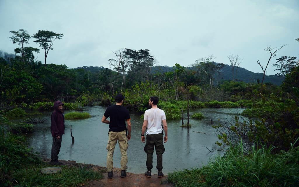 Lagune mitten in der Natur von Kamerun